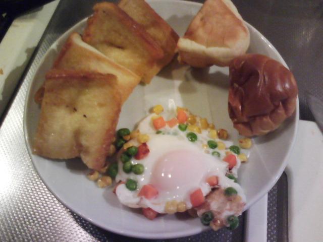 きょうの朝食/ メープルシロップのフレンチトースト風