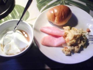 きょうの朝食/ にぎやかスクランブルエッグ
