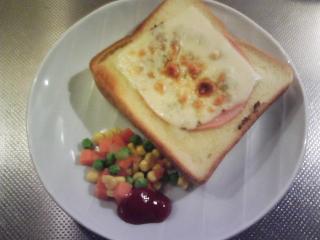 きょうの朝食/ ハムチーズトースト